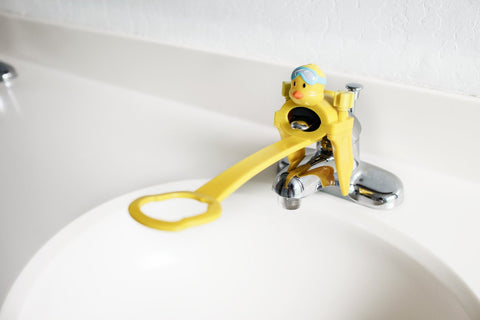 Aqueduck Single Faucet Handle Extender