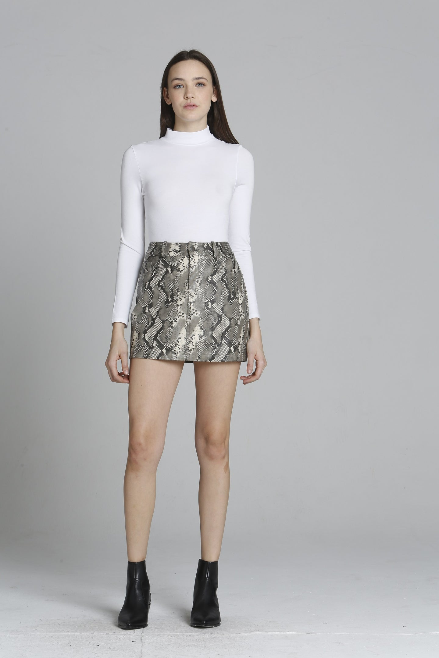 Snake Print PU Mini Skirt - Grey