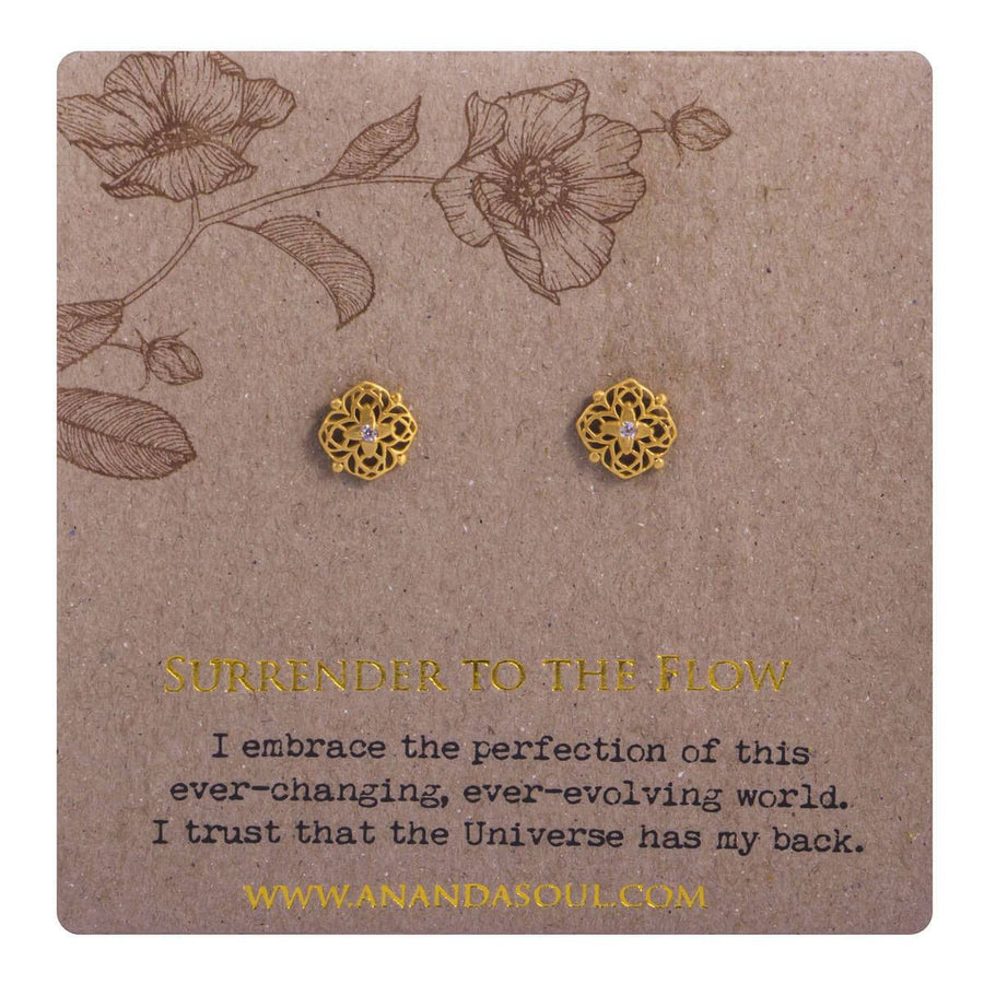 Surrender to the flow stud earrings - gold