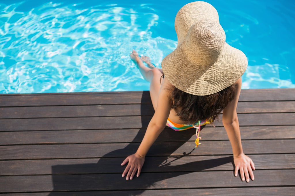 Chlorine and Dry Skin:  Natural Solutions for Protecting Summer Skin