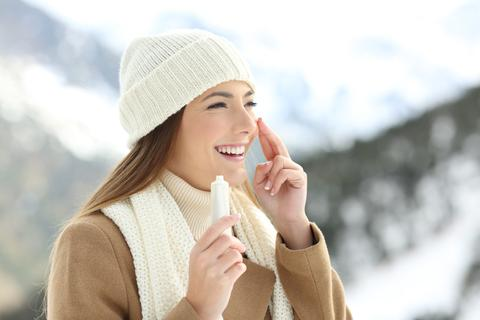 How To Take Care Of Dry Skin In Winter From The Inside And Outside
