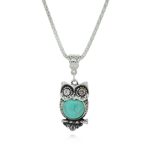 Vintage Style Necklace with Animal Pendants and Turquoise Gemstone - Omnia