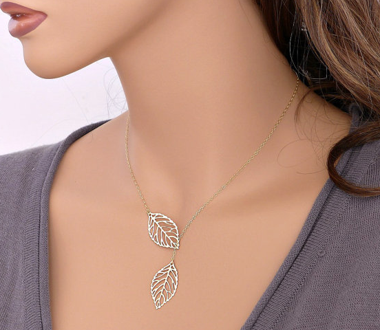 Double Leaf Short Chain Necklace