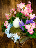 Spring Farmhouse Bench Centerpiece