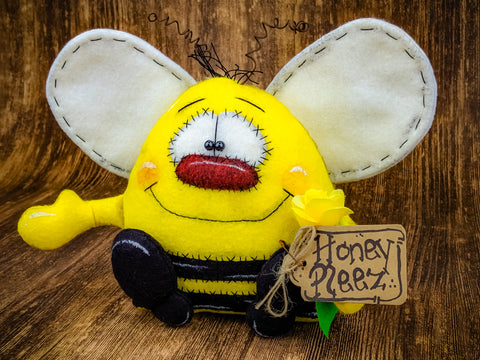 Honey Pleez Bumble Bee Primitive