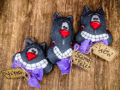 Scaredy Cats Decor