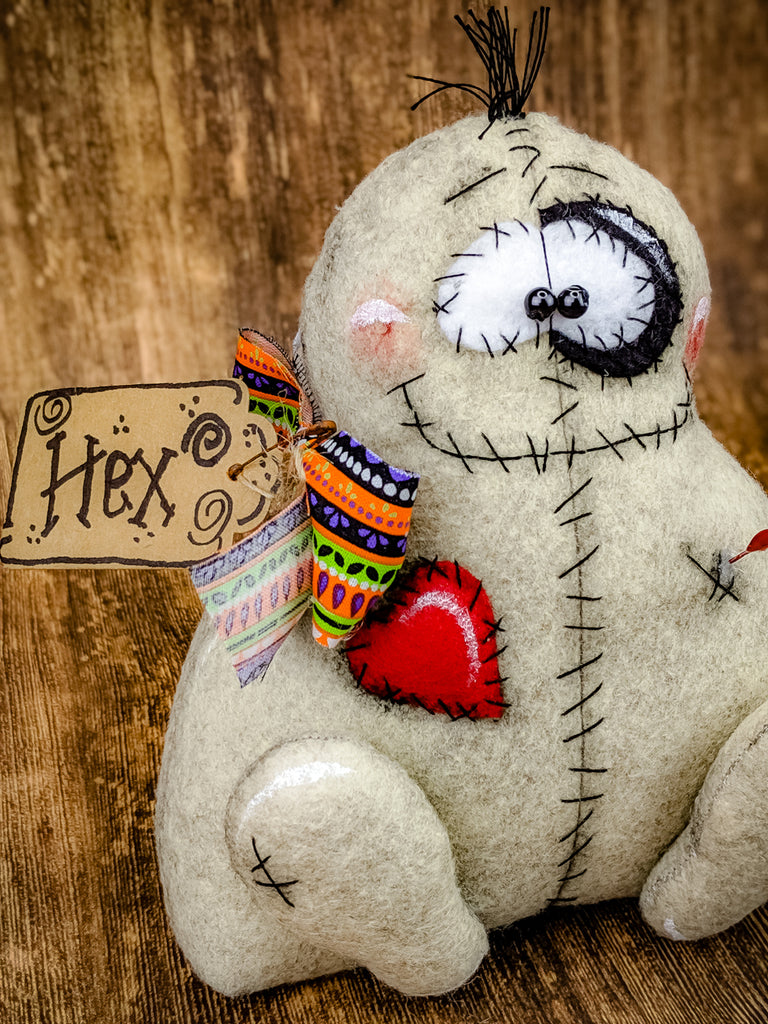 Primitive Voodoo Doll – On the Wall Charm
