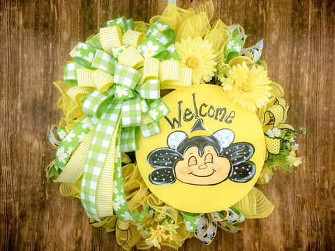 Welcome Spring Bee Wreath