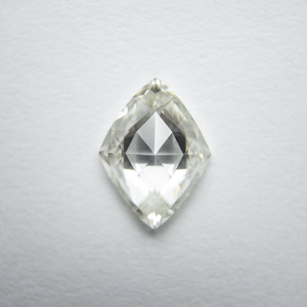 White Brilliant Diamond - 1.02ct Lozenge