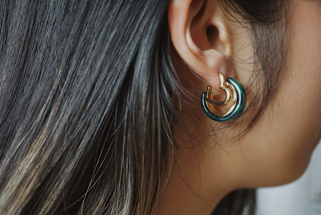Frances Mini Hoop Earrings *Emerald