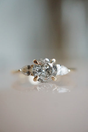 Belle Ring - 1.06ct Round Salt & Pepper *ready-to-ship
