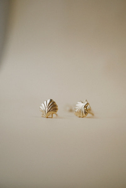 Shell Stud (Single) *made-to-order