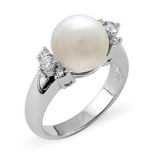 South Sea White Pearl Ring in White Gold with Diamonds