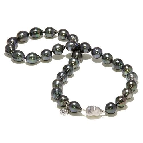 Tahitian Black Pearl Strand in 14K White Gold (11-12mm)