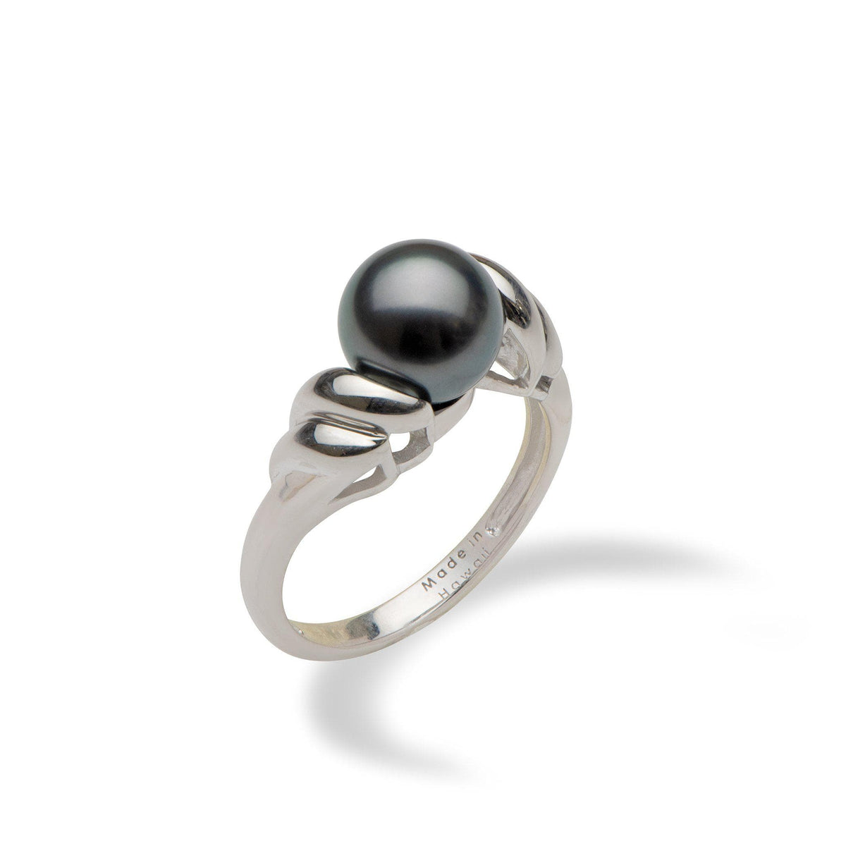 Tahitian black pearl ring in white gold