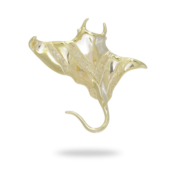 Manta Ray Pendant in Gold - 39mm