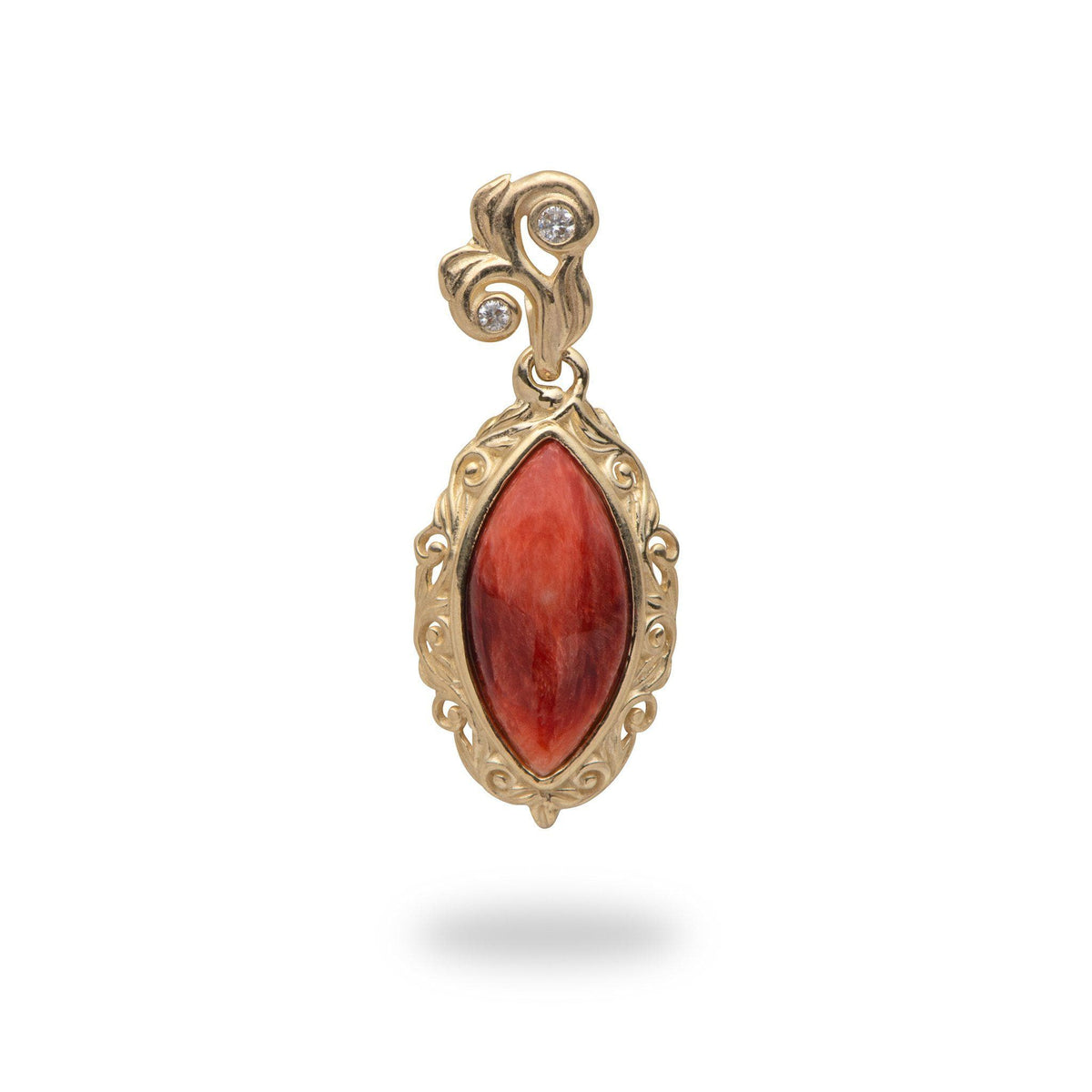 Red Spiny Oyster Pendant in 14K Yellow Gold - Small