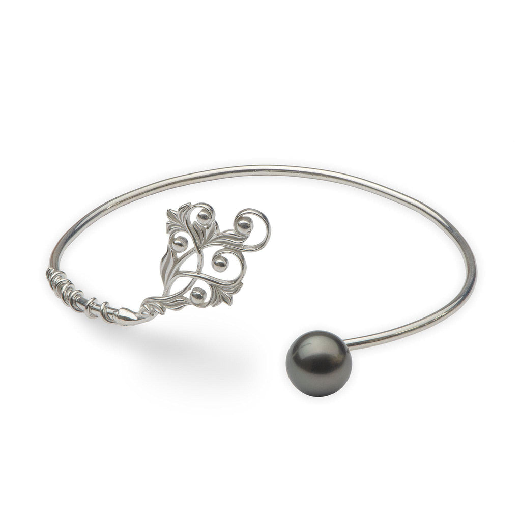 Living Heirloom Tahitian Black Pearl Cuff Bracelet in Sterling Silver