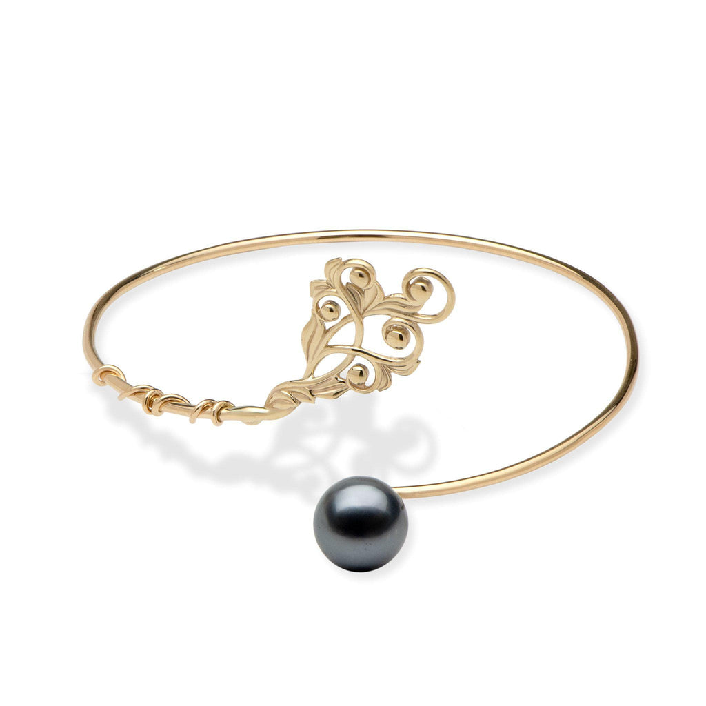 Living Heirloom Tahitian black pearl bracelet