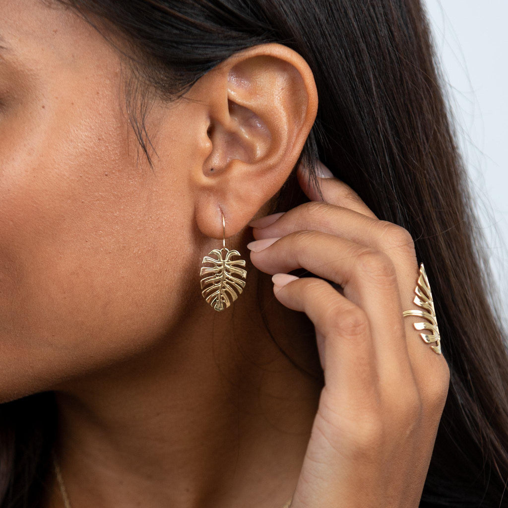 Monstera Earrings in Gold- 100-01905 on Model
