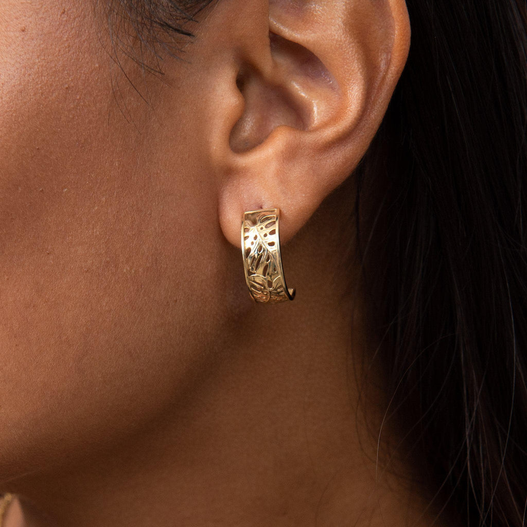 Monstera Border Hoop Earrings in Gold on Model