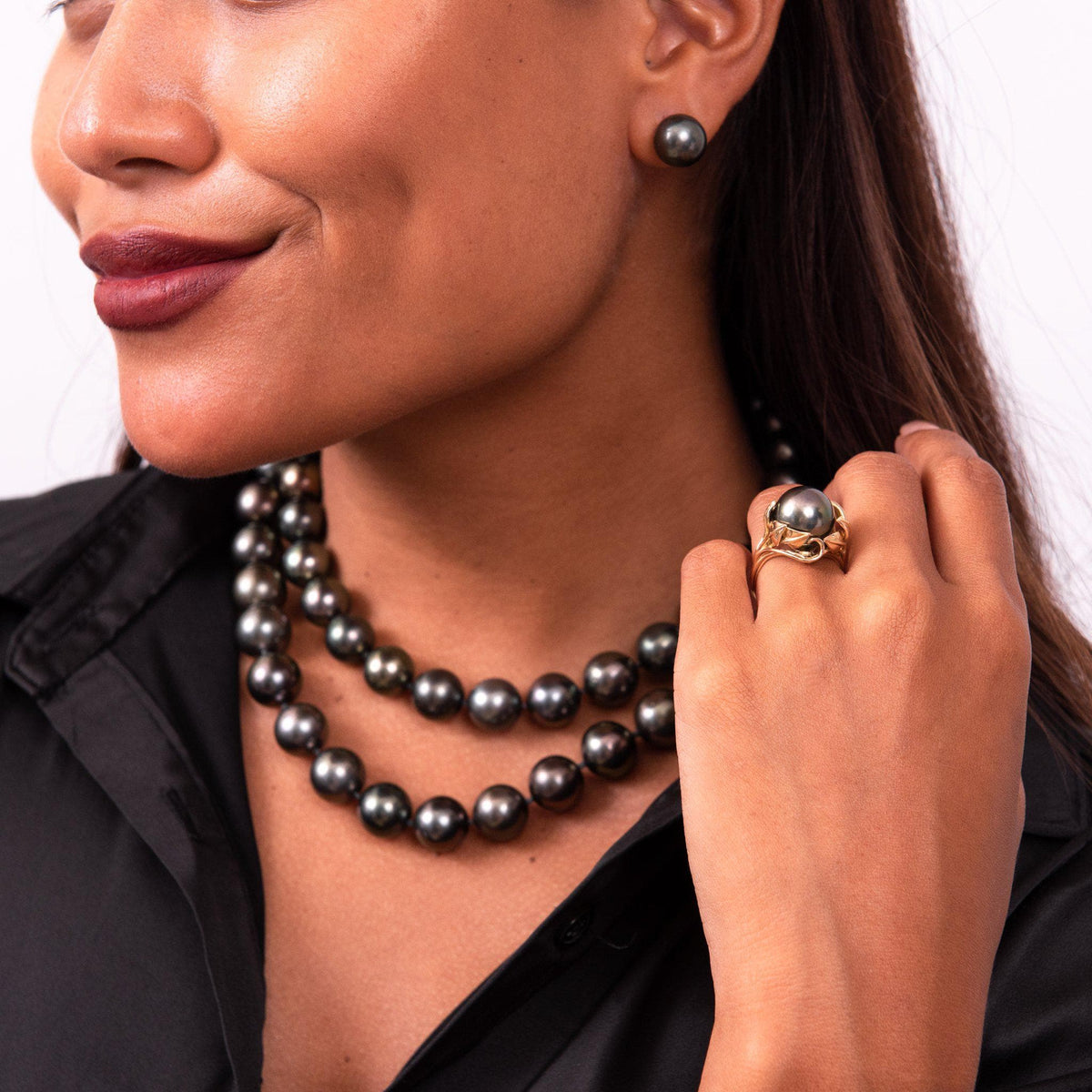 "33"" Adjustable Tahitian Black Pearl Strand in Gold with Diamonds-[SKU]"