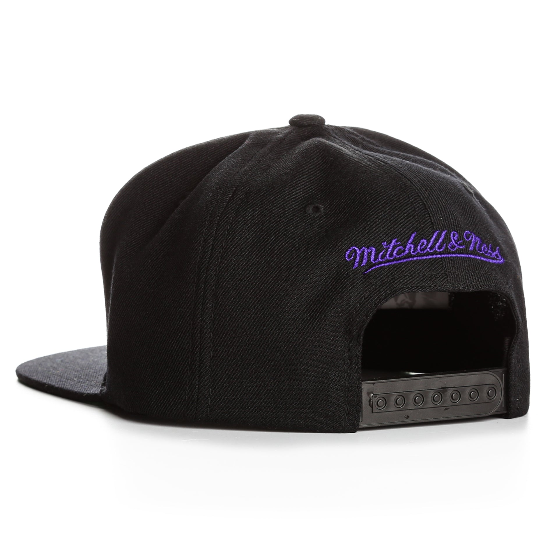 new products 4ba74 e2c8c Mitchell and Ness Wool Solid LA Lakers Snapback - Black