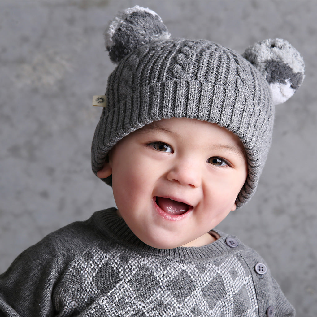 Pompom Cable Beanie - Charcoal