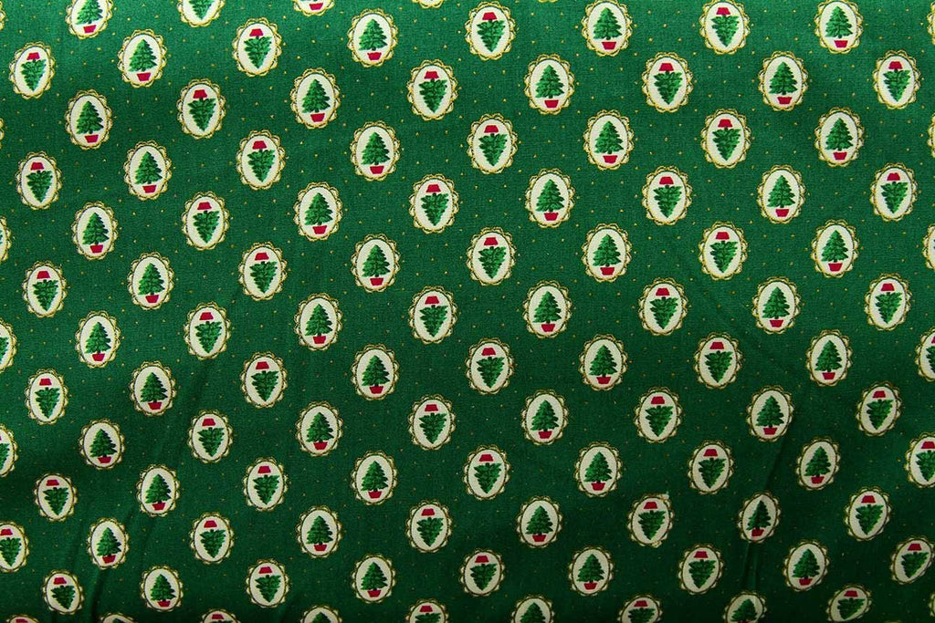 Rainbow Fabrics C1: Small Christmas Trees Green Green Craft Fabric