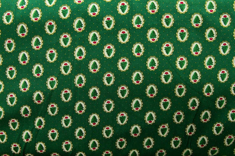 C1: Small Christmas Trees Green Patchwork / Craft Fabric