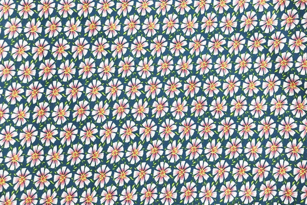 Rainbow Fabrics CS:Pink Daisy on Green Cotton Sateen -01
