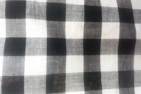Rainbow Fabrics G1: Black and White Thick Stripe Gingham