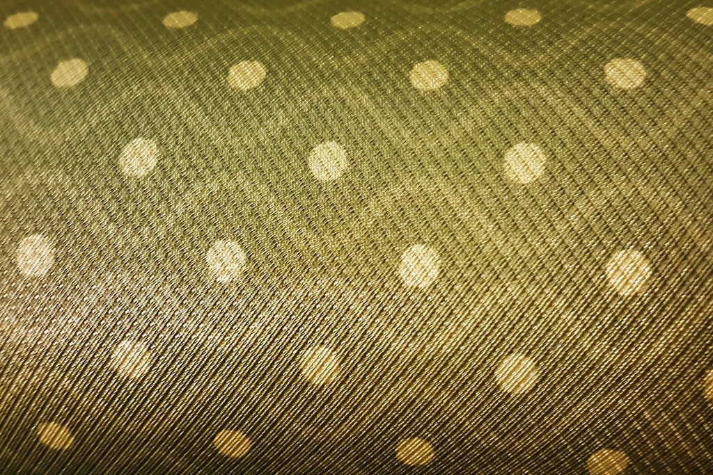Rainbow Fabrics VE: Snake Eye Green