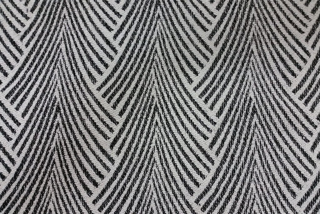 Rainbow Fabrics WF: Seamless Black on White Abstract Wool