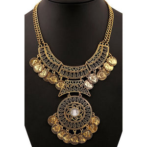 The Cleopatra statement necklace