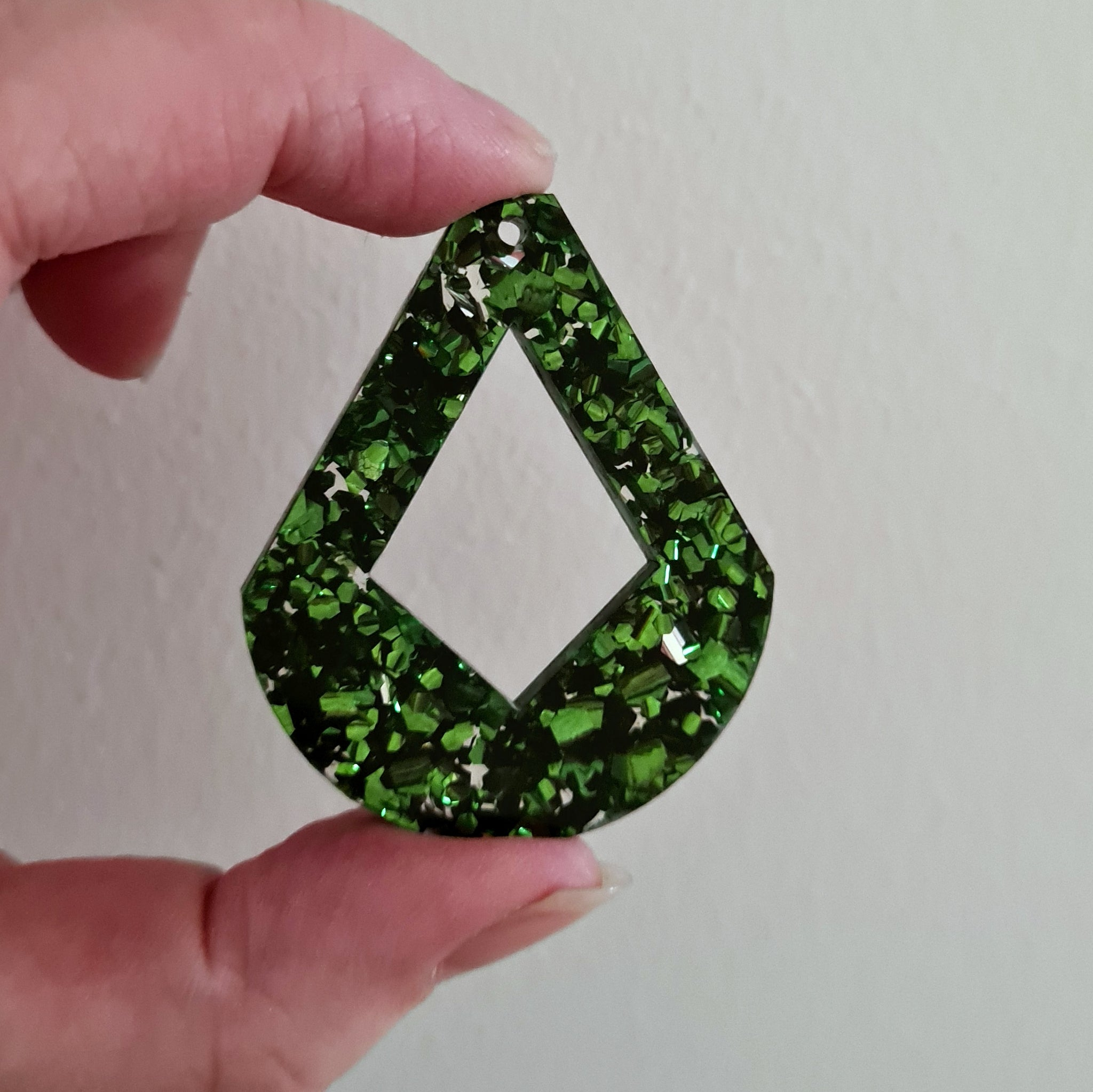 Large Green Foil Drop Diamond - 13 pieces