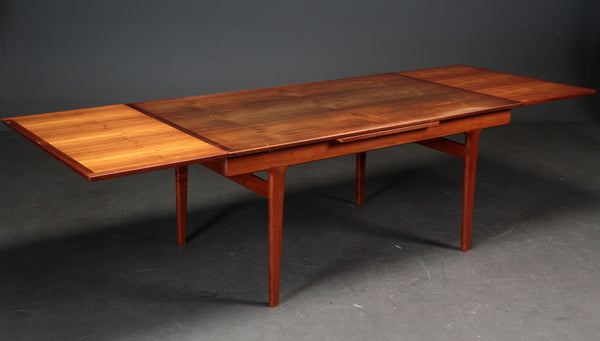 Danish teak dining table. Under restoration