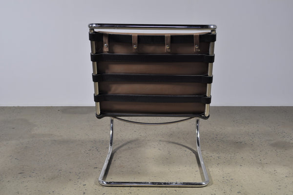 Mies van der Rohe MR Lounge Chair without arms - Case 22