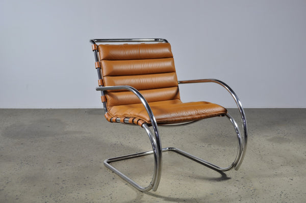 Mies Van Der Rohe Mr Lounge Chair By Knoll Case 22