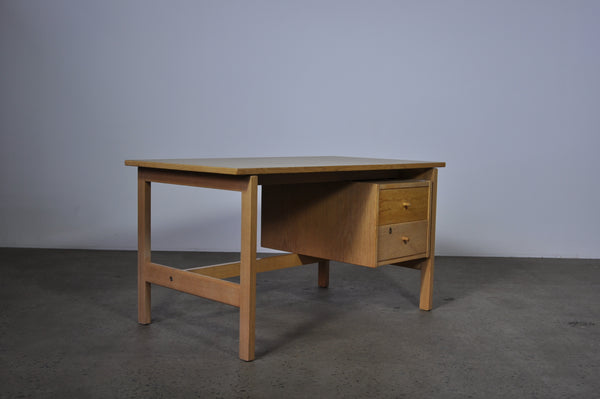Hans Wegner desk by Getama