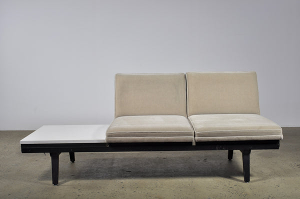 George Nelson modular two seat sofa with side table - Case 22