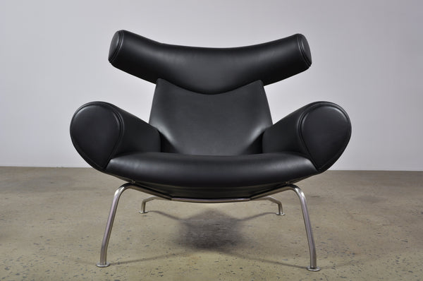Hans Wegner Ox chair with ottoman