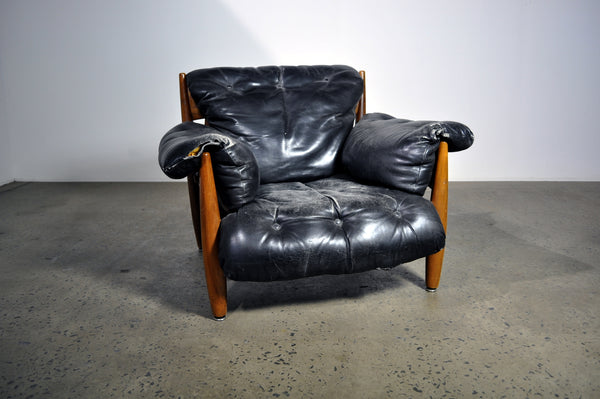 'Mole' armchair by Sergio Rodrigues.
