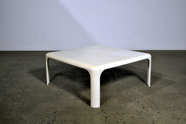 Vico Magistretti Demetrio 70 coffee table.