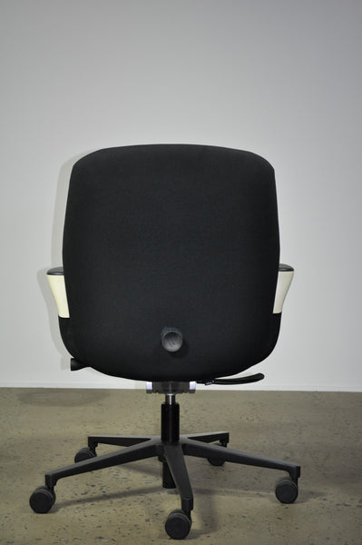 Vitra worknest office chair - Case 22