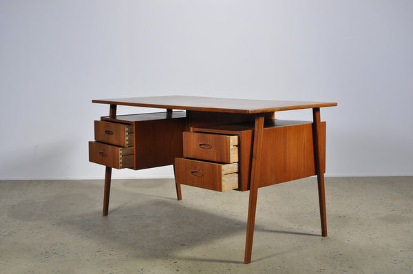 Teak Danish library desk - Case 22