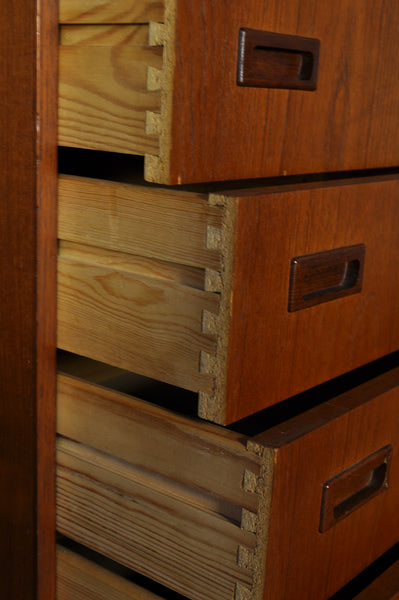 Danish chest with six drawers in teak.