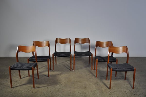 Moller #71 Chair. Set of four dining chairs.