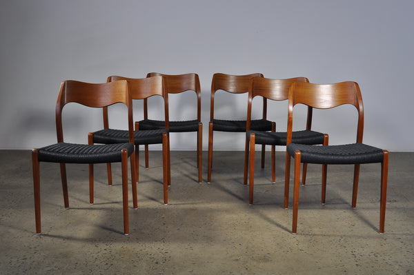 Moller #71 Chair. Set of six dining chairs in Rosewood.