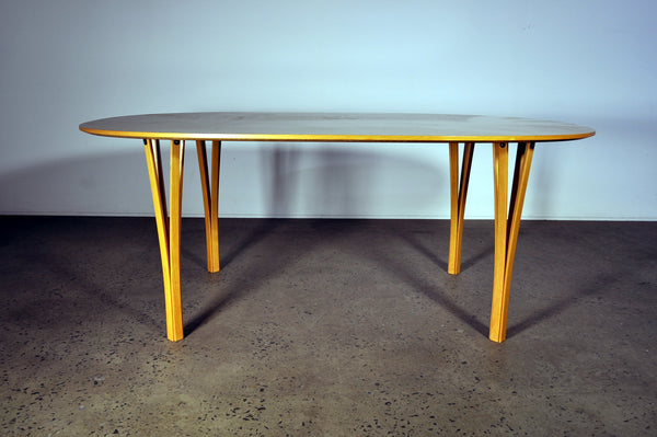 Bruno mathsson/Piet Hein table. For Fritz Hansen.